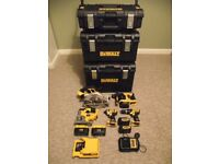SET OF 5 PIECES SET DEWALT XR COMBO