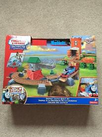 Thomas the tank engine trackmaster castle quest set brand new!