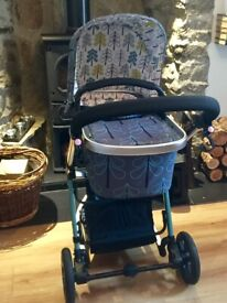 Pram Travel System with Accessories and Isofix base