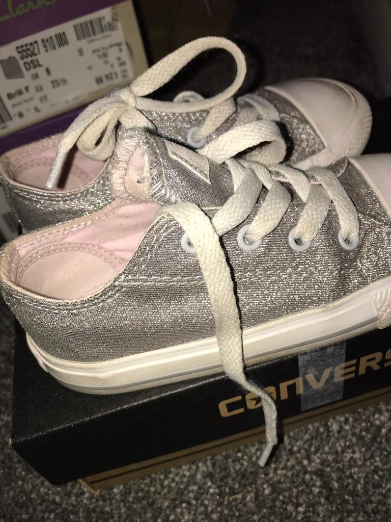 b7a32f5c0ffb Girls size 9 sparkly grey converse