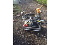 Belle hydraulic breaker pack with Honda engine (like jcb beaver )