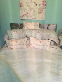 King size bedlinen, curtains and cushions