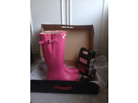 HARLOW ESSEX LADIES HUNTER UK 8 EU 42 ADJUSTABLE BOOTS FUSCHIA PINK WITH WELLY SOCKS & CLEANING KIT