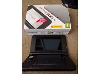 Nintendo 3ds XL + box + charger - £85,-