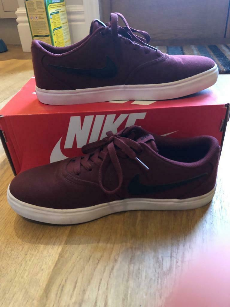 17d160b24 Nike SB Maroon and Black Size 8 or 42.5. Sheffield ...