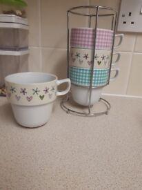 4 stack a mugs