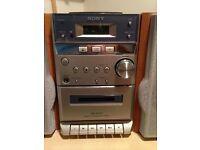 PANASONIC STEREO SYSTEM WITH 5 CD CHANGER