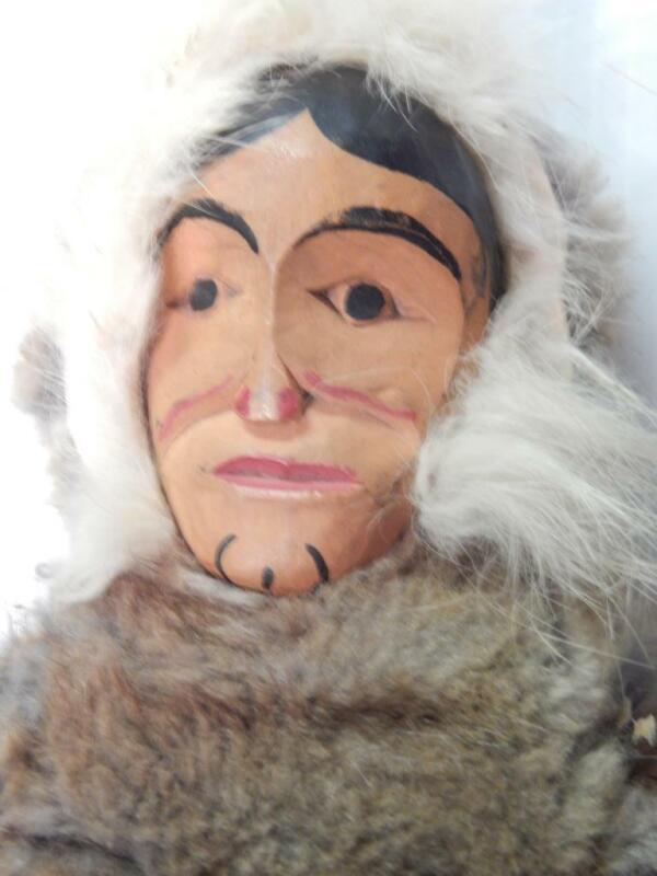 ANTIQUE / VINTAGE TLINGIT NW COAST ALASKA INDIAN DOLL - WOOD FACE MASK - OLD