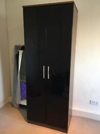 Wardrobe (2 doors) to give away