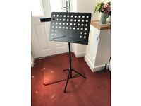 Strong music stand with carry case
