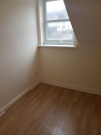 Redecorated small 1-bed flat to let in Dover
