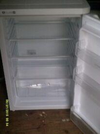 Indeset fridge.