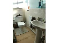 Ideal standard 2 piece Sink and toilet set