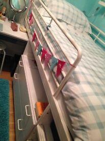 Cabin / storage bed