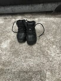 Toddlers timberland boots size 6