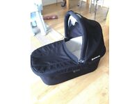 Uppababy bassinet fits all Cruz models and Vista 2015 or later