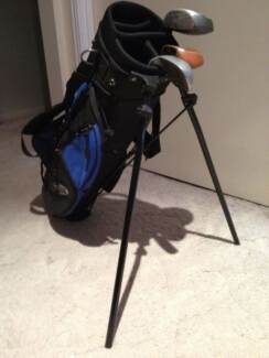 Kids Young Gun golf clubs with bag Parkwood Gold Coast City Preview