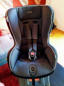 Mamas -Papas car seat with isofix base