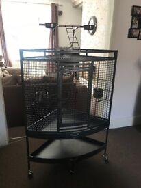 Parrots cage excellent condition £60