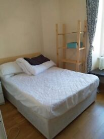 Doubl bedroom available from the 30thnof July to the 11th of August