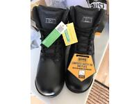 BNWT Magnum Stealth Force Leather Safety Boots Size 6