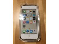 iPod Touch - Gold - 32gb - Apple MKHT2BT/A - Brand New, Unused with original box & accessories