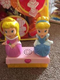 Mega Bloks with 2 Disney Princesses