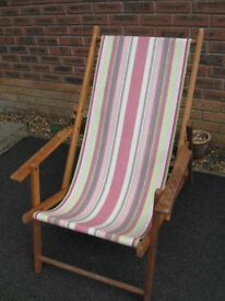 Wooden Folding Deck Chair with Arms
