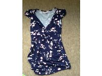 Maternity top size 10