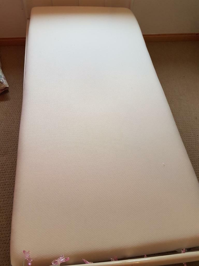 Single memory foam matress