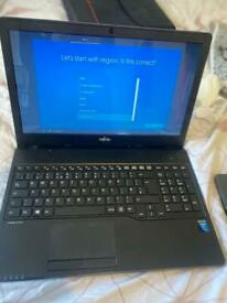Fujitsu lifebook A555 laptop -Intel core i5, 4GB RAM, DVDRW Drive, 500GB