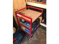Trolley/shelves with plugs