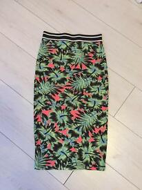 Top Shop knee skirt size8