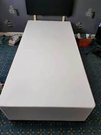 Single Divan Bed (no matress)