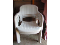 White Round Patio Table & Chairs For Sale