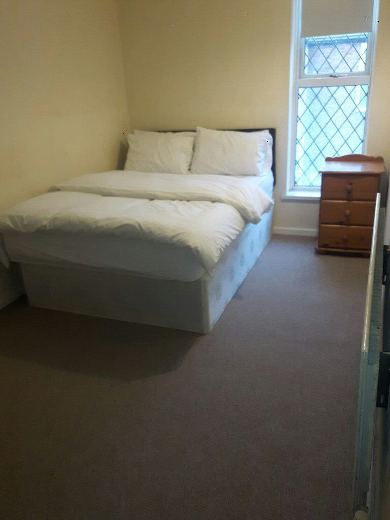 Nice Double Room To Rent in Laidon - £450pcm
