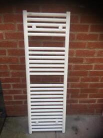 Tissino White Towel Radiator 1200 x 400