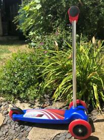 Children's 3 wheeled scooter excellent condition