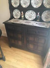 Table, chairs, dresser