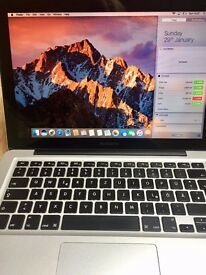 Macbook Pro (late 2011 model, bought beginning of 2012), very good condition, German keyboard