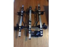 Thule roof rack 754 and 3 cycle carriers in very good condition