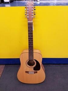 Magnifique guitare acoustique de marque Epiphone, model dr100vs, en super bon état pour seulement 109.99$!! (Z010869)