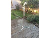 Matthews MD-756140 C+ Stand for Film and Photography