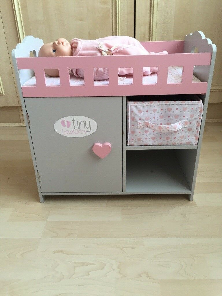 Girls tiny treasures dolls crib cot bed £20