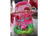 Baby bouncer with sound