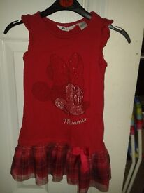 Super cute Minnie Mouse dress age 4-6