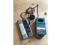 Makita drill charger and x2 batteries