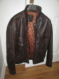Mens Brown Leather Jacket Medium size Approx 40 inch chest
