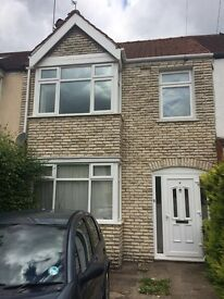 Spacious double bedroom to rent in HAYES