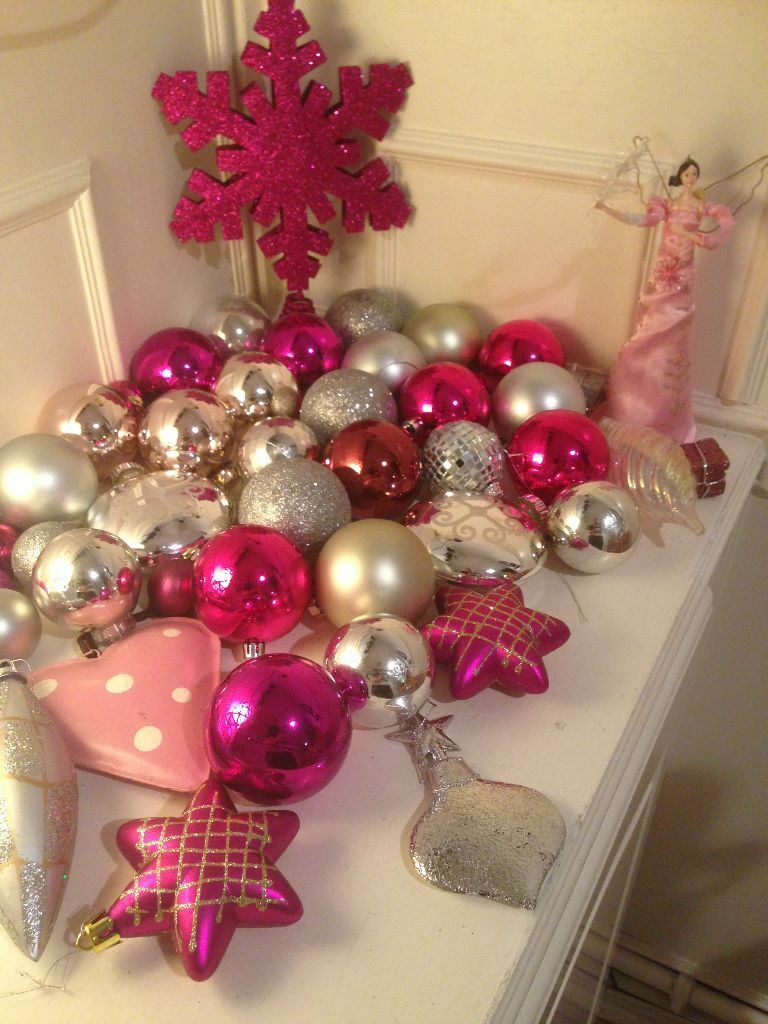 Large quantity 50 pink silver high quality christmas for Large christmas baubles for outside